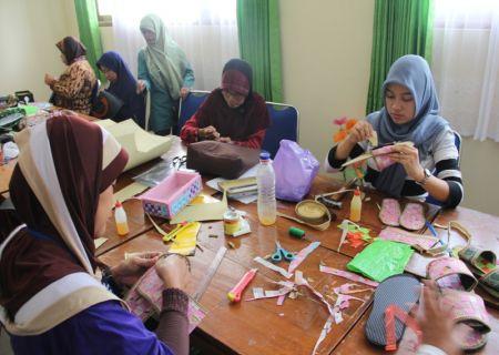 Pelaksanaan praktik oleh peserta (2)