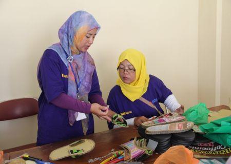 Pelaksanaan praktik oleh peserta (4)