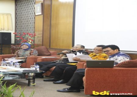 Suasana Kegiatan Temu Industri Plastik Balai Diklat Industri Yogyakarta (10/2)