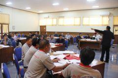 Peserta berasal dari perusahaan plastik yang telah bekerjasama dengan BDI Yogyakarta