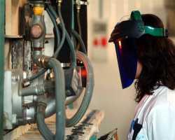 Menperin: Jika Industri Maju, RI Tak Perlu Kirim TKI