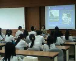 Perlunya Keterampilan Berbahasa Inggris bagi Pengajar di SBI