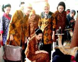 Diklat Batik Tulis Dikunjungi Pengurus Dekranas Pusat