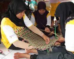 Diklat Pengembangan Kerajinan Bambu