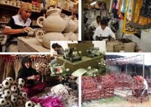 IKM di Indonesia: Permasalahan dan Strategi Pengembangannya